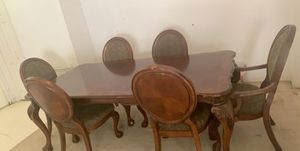 Dining table for Sale in Riverview, FL