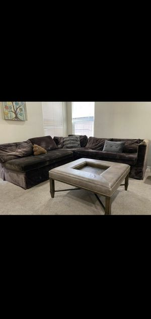 Sectional couch for Sale in Las Vegas, NV