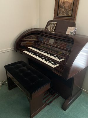 Lowery stardust Organ for Sale in Las Vegas, NV