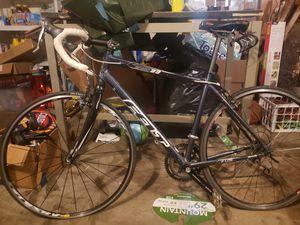 Felt 33 speed road bike for Sale in Clinton, MD