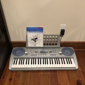 Yamaha Portable Electric Keyboard for Sale in Wantagh, NY