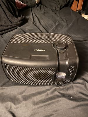 Holmes air purifier for Sale in Las Vegas, NV