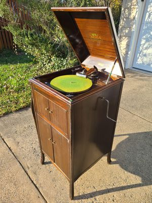 1921 Antique Victrola Phonograph Record Player for Sale in Fairfax, VA
