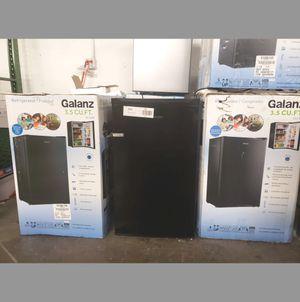 BRAND NEW Frigidaire Mini Refrigerator Fridge #776 for Sale in Miami Springs, FL