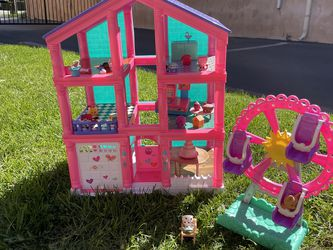 Toy House for Sale in Long Beach,  CA