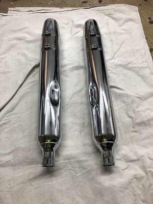 Stock slip on pipes from 2014 Harley Street Glide for Sale in Wayne, IL