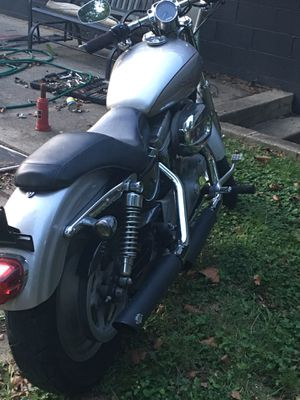 2008 Harley Davidson sportster 883 brand new Vance and Hines pipes for Sale in Groveport, OH