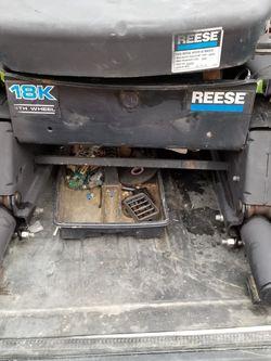Reese 18k Slider 5th Wheel Hitch for Sale in Salt Lake City,  UT