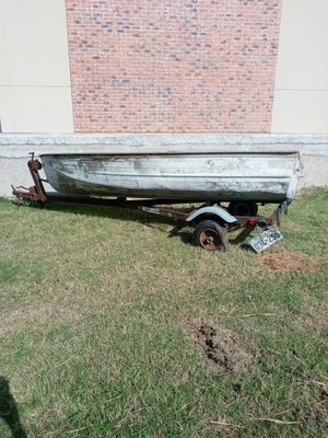 Boat & Trailer for Sale in Lewisville, TX