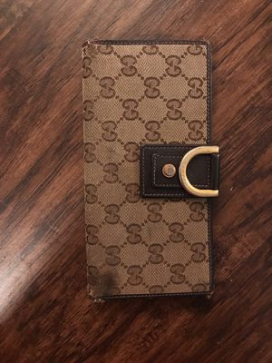 Gucci Wallet 100% for Sale in Fairfax, VA