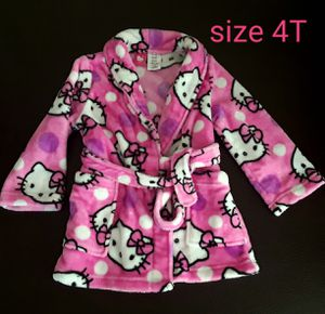 Hello Kitty girl robe Size 3T for Sale in Phoenix, AZ