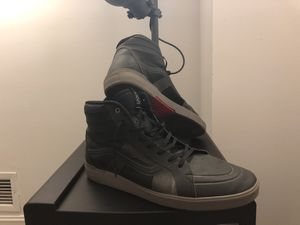 VANS SHOES SPECIAL EDITION for Sale in Key Biscayne, FL