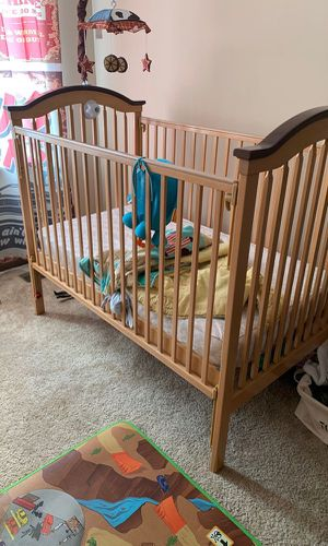 Baby Crib mattress included for Sale in Smyrna, TN