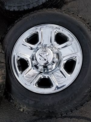 18 dodge ram 2500 heavy duty stock wheels tires great shape! for Sale in Bolingbrook, IL