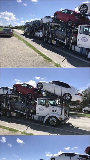 Car carrier FOR SALE for Sale in Kissimmee, FL