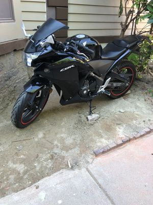 Motorcycle Honda CBR ! 6sp for Sale in Boston, MA