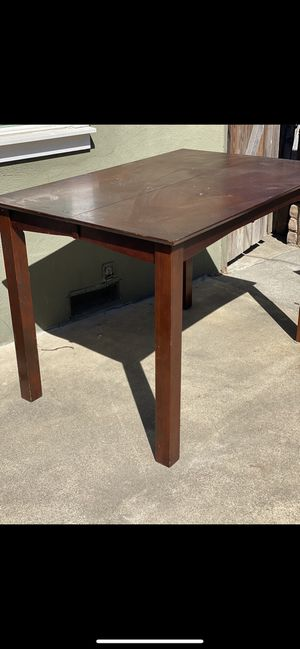 Kitchen dining table for Sale in Sacramento, CA