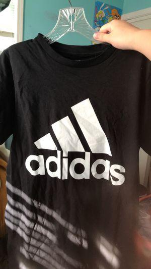 Adidas shirt for Sale in Washington, IL