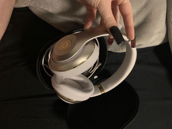 Studio beats by Dre