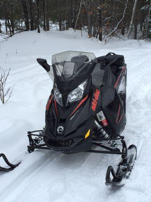2015 ski doo 800 etec renegade snowmobile for Sale in Wellsboro, PA