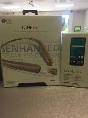 LG STYLO 4 with LG TONE PRO for Sale in San Diego, CA