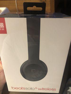 Beats solo 3 wireless headphones for Sale in Silverhill, AL
