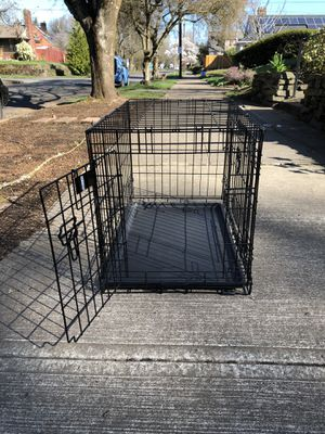 Dog crate, hardly used! for Sale in Portland, OR