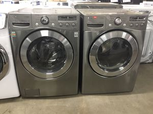 (Anoka 16446-AB AS) LG Graphite Front Load Washer & Dryer for Sale in Ramsey, MN