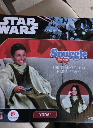 Yoda kid's snuggie blanket for Sale in Seminole, FL