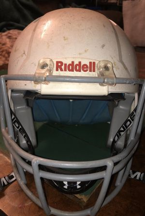 White Riddell Speed Size SM/Med NEGOTIABLE for Sale in San Jose, CA