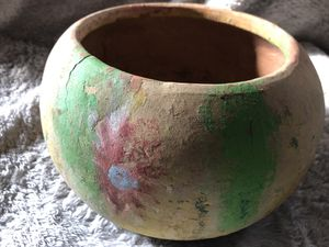 Vintage Large Mexican Terra Cotta Pot. for Sale in Cynthiana, KY