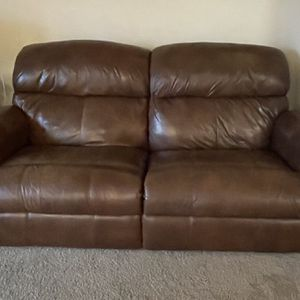 Sofa w/ Electric Recliner for Sale in Portland, OR