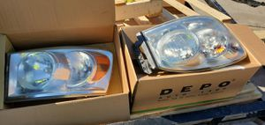 2010 dodge 250 headlights light bulbs included for Sale in Phoenix, AZ