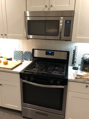 Whirlpool gas range & microwave like new! $400 for Sale in Philadelphia, PA