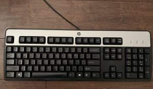 HP Keyboard with Numeric Pad for Sale in Ramona, CA
