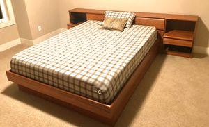 4-item Modern Bedroom set for Sale in Issaquah, WA