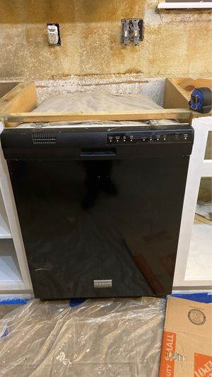 Frigidaire dishwasher for Sale in Norman, OK