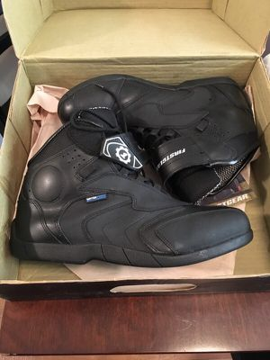 First gear size 11 motorcycle boots for Sale in Killeen, TX
