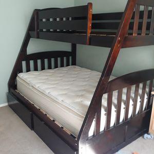 Bunk bed for Sale in San Jacinto, CA