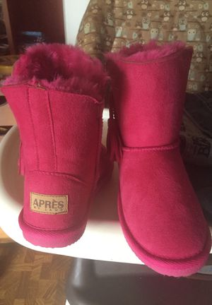 Girls size 12 boots for Sale in Grand Rapids, MI