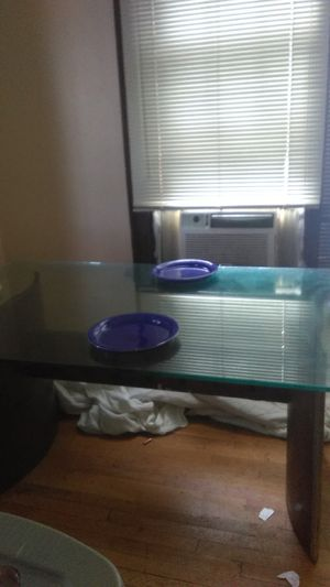 Beautiful Glass Dining Room Table for Sale in Columbus, OH