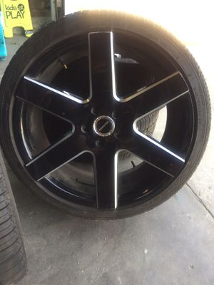 20's with new tires . Fits 2013 - 2017 Honda Accord for Sale in Clovis, CA