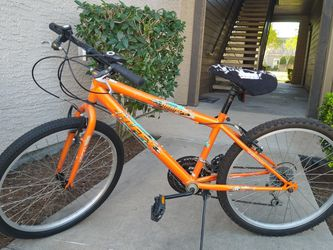 """Huffy 24"""" Granite mountain bike (Delivery available) for Sale in Pearland,  TX"""