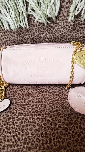Juicy Couture barrel bag for Sale in Agua Dulce, CA