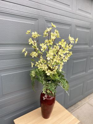 Faux Flower Vase for Sale in Tacoma, WA