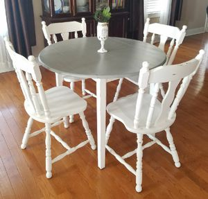 Country Gray breakfast nook/ table for Sale in Gallatin, TN