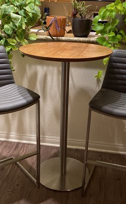 Kitchen Table for Sale in Los Angeles,  CA