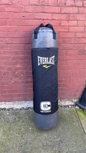 Everlast Heavy Punching Bag 150 pounds for Sale in Beaverton, OR