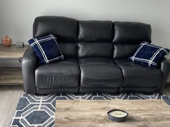 Leather Couch for Sale in Hopkinton,  MA
