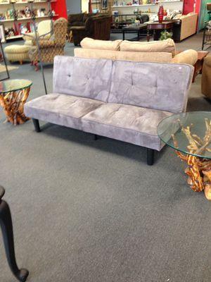 Beautiful futon for Sale in Modesto, CA